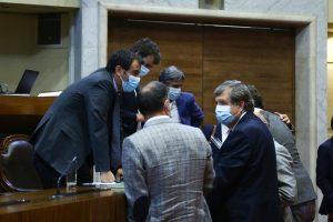 Diputados discuten con el Ejecutivo